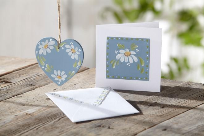 Daisy Heart and Card